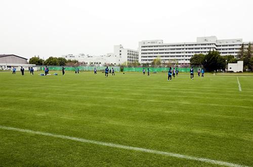 ヴァンフォーレ甲府が練習している陸上競技場